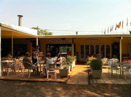 Camping El Garrofer: restaurant, point internet et bar