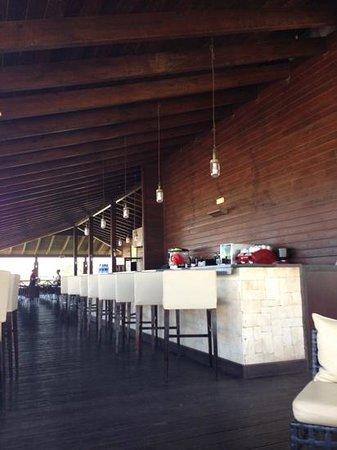 Melia Tortuga Beach Resort & Spa: O'Grille bar