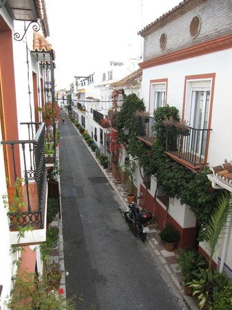 Hostal El Gallo: Straße