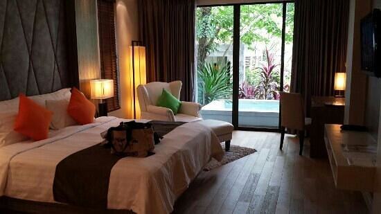 Wyndham Sea Pearl Resort Phuket: bed room