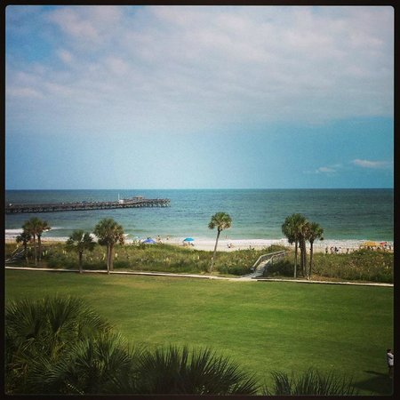 DoubleTree Resort by Hilton Myrtle Beach Oceanfront : The view from our 3rd floor room.
