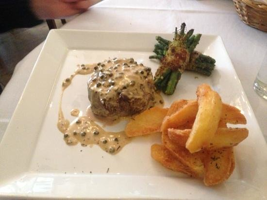 Pino's Ristorante: best steak in marlborough again !