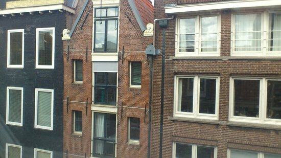 La Remise: View from my room - Chambre blanche