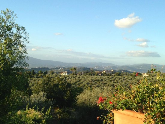 Podere Le Cave: neighborhood of the villa