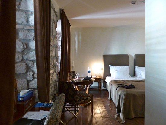 Hotel Astoria : inside the room (alfa)