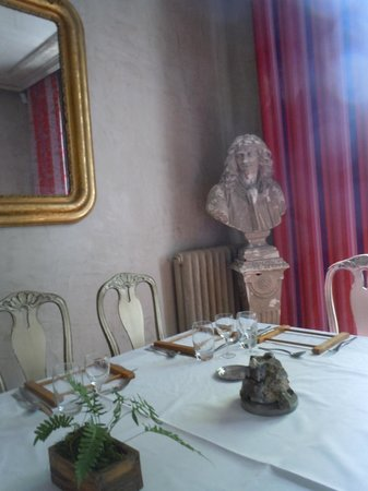 BRASSERIE LE 18-36 : salon