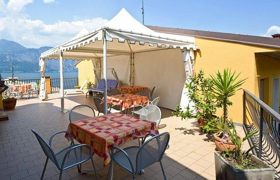 Hotel Pace: Terrazza panoramica