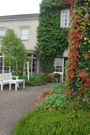 Gregans Castle Hotel : l'entrée
