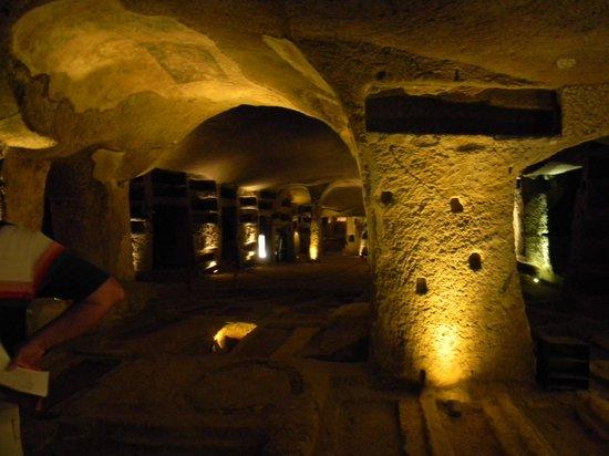 Catacombe di San Gennaro : Veduta parziale delle Catacombe