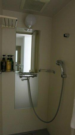 Dormy Inn PREMIUM Sapporo : シャワー