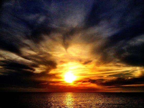 Sirenis Cala Llonga Resort: Sunset Ibiza trip