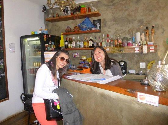 Uvaia Hostel : Una anfitriona muy especial nos ayudo muchisimooo fue un Angel