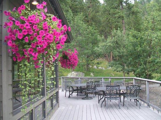 K Bar S Lodge: Breakfst Deck