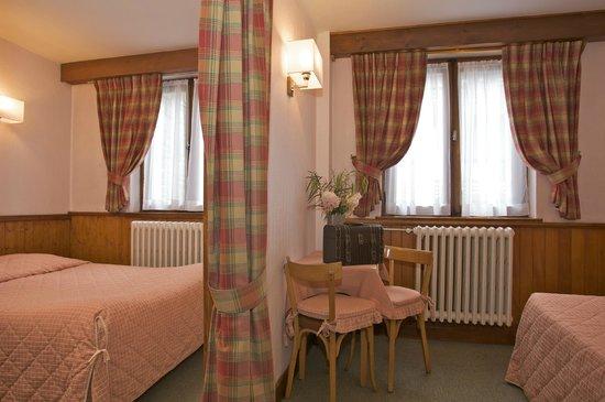 Alp-Hotel : Chambre triple