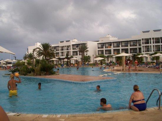 Iberostar Saidia : piscina