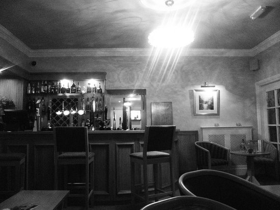 Gwesty'r Emlyn Hotel : One of the Bars