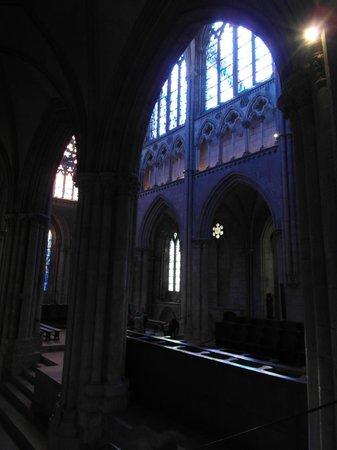 Saint-Vincent -- Saint-Malo : Il coro rialzato rispetto al deambulatorio