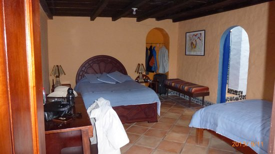 Madre Tierra Resort & Spa: Inside Room #9