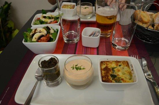 Verrines Et Compagnie : Tapenade, Salmon Tiramisu and Courgette Calfouti