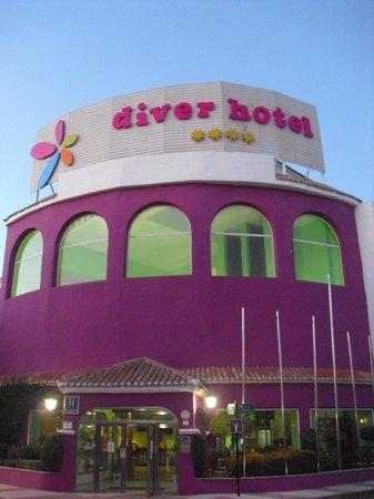 Diverhotel Roquetas: Fachada del hotel