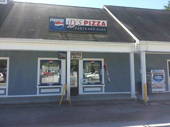 D's Family Pizzeria: D's at Fryeburg Plaza