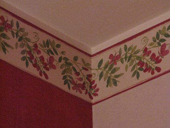 La Cadolle : Wall floral frieze