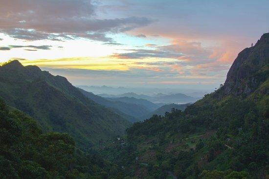 The Mountain Heavens: vistas
