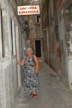 Locanda Cavanella: Back Street of Venice