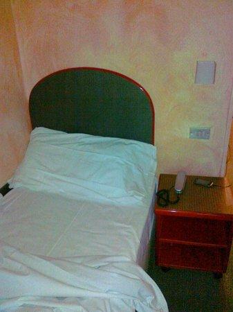 Hotel Gamma: il massimo della larghezza della stanza