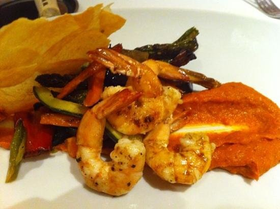 Casamar: verduras plancha con langostinos