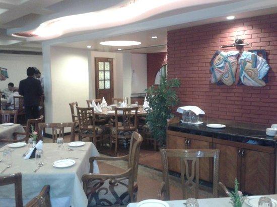 Hotel Supreme Heritage: Spacious dining area
