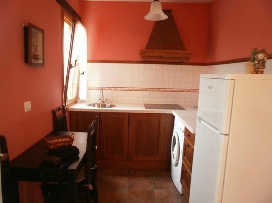 Apartamentos Rurales El Picoretu: Cocina