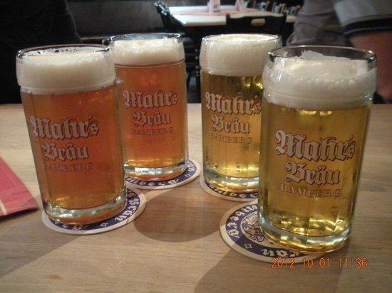 Mahrs Bräu: Four helles ready for consumption. Tasty!