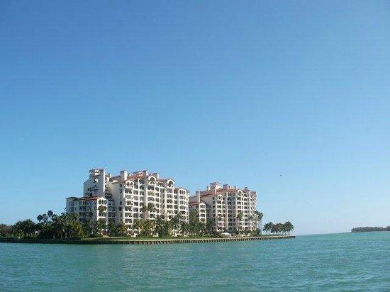Miami Tour Company : Miami Boat Tour