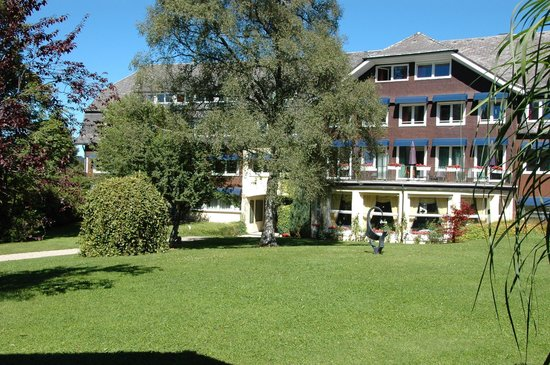 Parkhotel Adler: a bit of the grounds & building