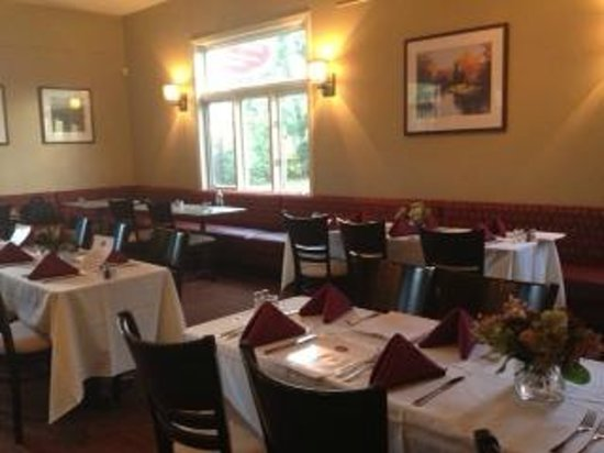 The Local Table: Dining Room