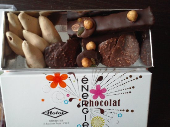 Hotot Chocolaterie du Drakkar : assortiments de chocolat