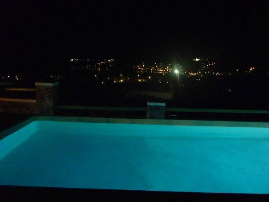 Xerolithia: piscine