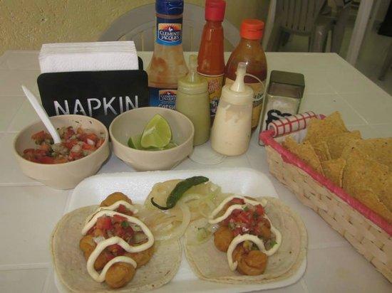 El Mazatleco: Tacos de camaron