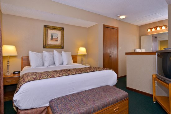 Arbor Suites At The Mall: Guest Room
