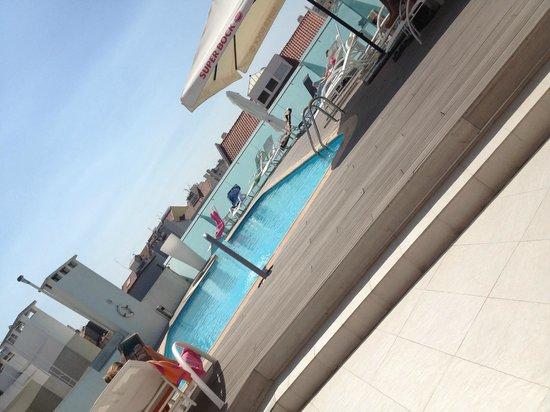 SANA Reno Hotel: pool