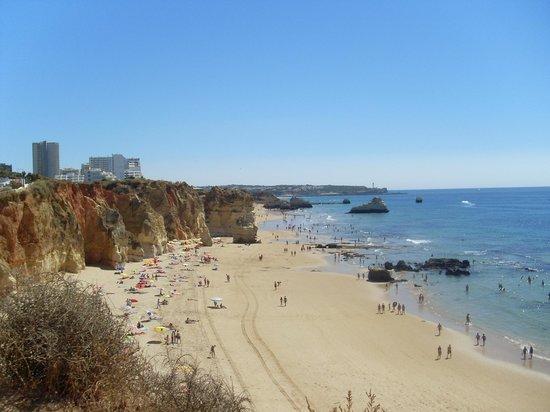 Long clean beaches picture of oceano atlantico apartamentos portimao tripadvisor - Apartamentos oceano atlantico portimao ...