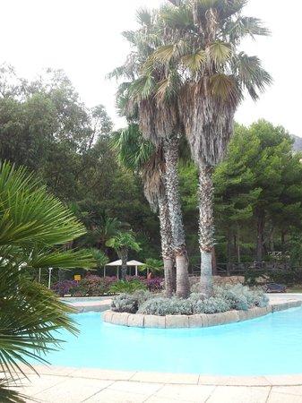 Marconfort Altea Hills : piscina lago