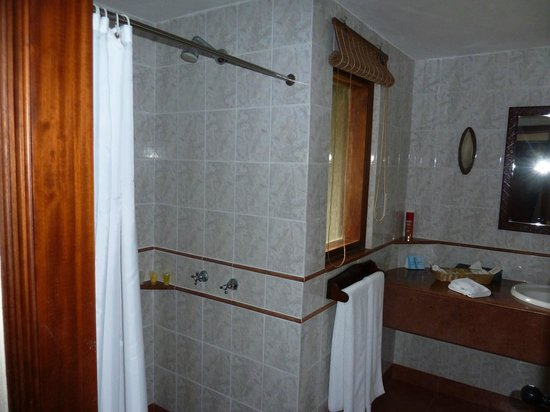 Arusha Serena Hotel, Resort & Spa: room
