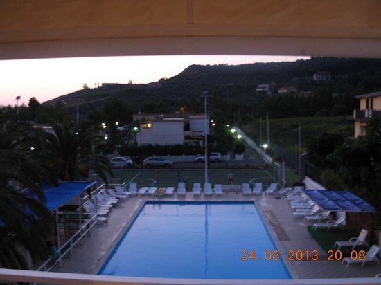 Residence La Giungla: vista della piscina