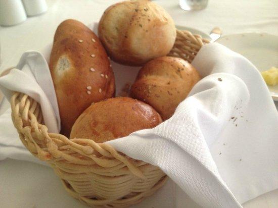 Marival Residences Luxury Resort Nuevo Vallarta: pan recién hecho