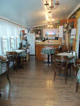 Outport Museum and Tea Room: Outport Tea Room, La Scie, NL