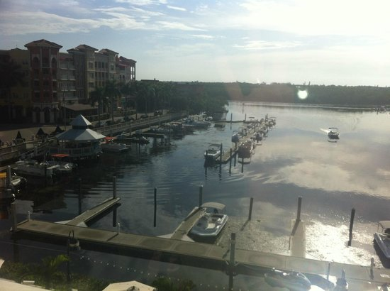Bayfront Inn 5th Ave: Relaxing Water View
