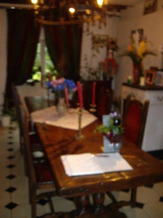 Moulin des Chennevieres : Salle à manger