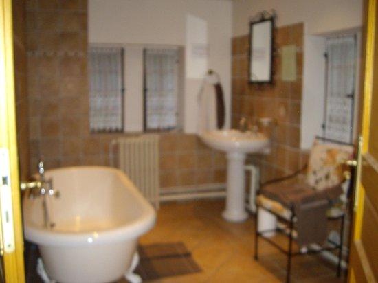Moulin des Chennevieres : Notre salle de bain
